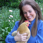 Charlotte Laws and her chicken